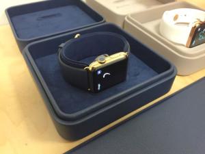 Первый обзор и примерка Apple Watch за 17 тысяч долларов