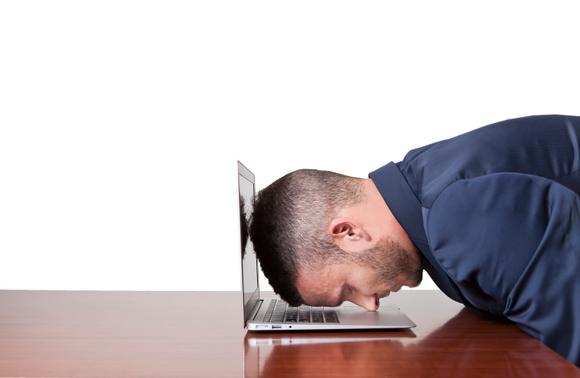 macbook_air_headdesk_wifi_problems-100565689-large