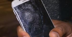 Смартфон спас жизнь французу во время теракта