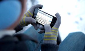 Почему iPhone выключается на холоде