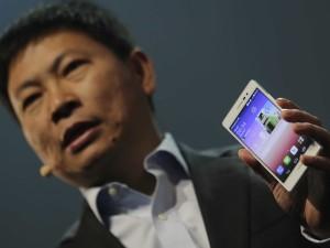 Xiaomi не выполнила обещания продать 100 миллионов смартфонов