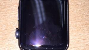 Британец отсудил у Apple полную стоимость «умных» часов из-за разбитого экрана