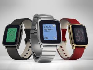 Снижение цен на Apple Watch заставило производителя «умных» часов Pebble резко сократить штат