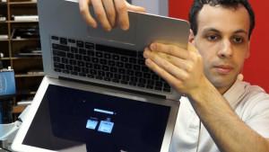 Apple преследует парня, записавшего видеоинструкцию по ремонту MacBook
