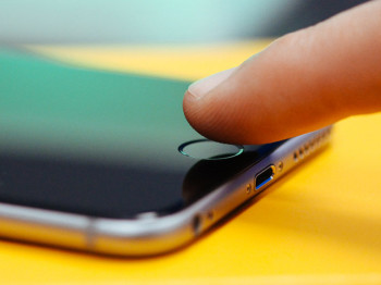 Составлен список частей тела, которыми можно разблокировать Touch ID