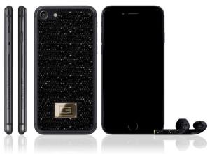 В России представили черный iPhone, инкрустированный бриллиантами