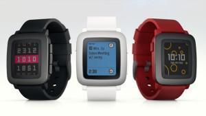 Fitbit покупает «умные» часы Pebble