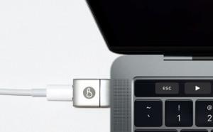 На Kickstarter продают новый магнитный адаптер для MacBook Pro нового поколения