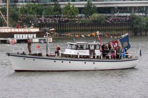 Британец утопил раритетное судно, потому что вместо навигатора пользовался iPad