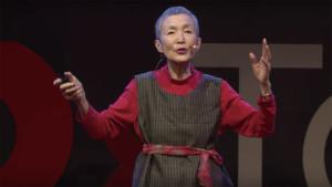 81-летняя бабушка научилась программировать и выпустила игру для iOS