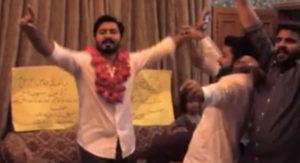 Пакистанские фанаты Apple устроили вечеринку по поводу покупки iPhone 7