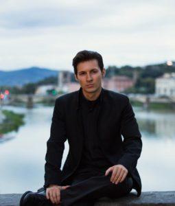 Павел Дуров говорит, что списки друзей морально устарели и их нужно удалить