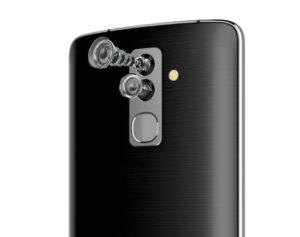 Представлен первый смартфон с четырьмя камерами