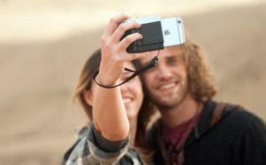 Pictar: съемный модуль, который превращает iPhone в удобную «зеркалку»
