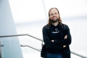 Создатель Cydia заявил, что джейлбрейк мертв