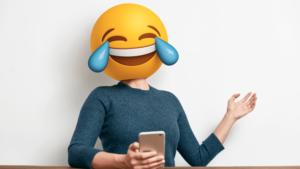 Использование эмодзи в деловой переписке делает вас глупее в глазах коллег