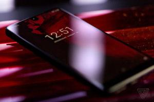 Essential Phone: первые обзоры смартфона от создателя Android Энди Рубина