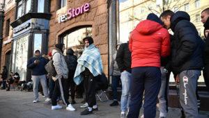 Продажи iPhone X стартовали с пугающим ажиотажем