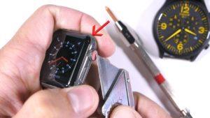 Apple Watch Series 3 с сапфировым стеклом царапаются, как обычные