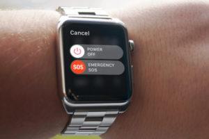 Американец во сне вызвал 911 через Apple Watch и проснулся в окружении полицейских